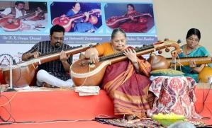A Veena Trio concert